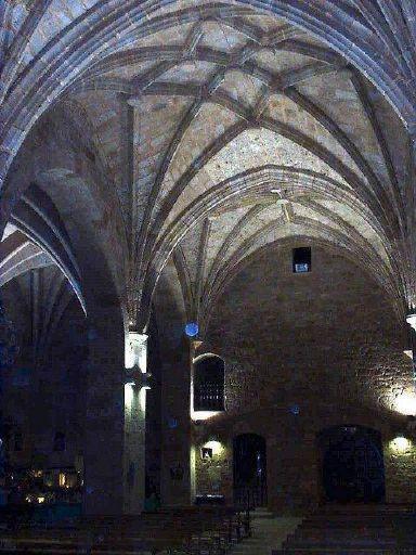 http://www.foro-ciudad.com/fotos/21373-banos-de-rio-tobia-boveda-gotica-iglesia-san-pelayo.jpg