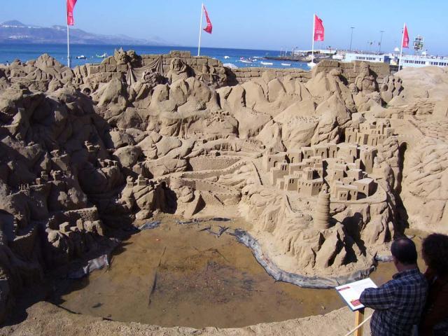 ARTE - ESCULTURAS DE ARENA 22532-las-palmas-de-gran-canaria-esculturas-en-arena